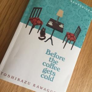 「コーヒーが冷めないうちに」英語版を借りました