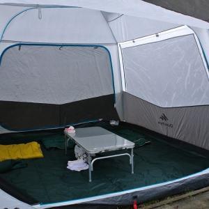 新しいテントで花見キャンプ