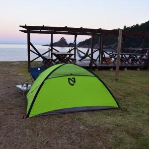 天草でキャンプ カヤックを漕ぐ
