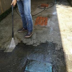 【長梅雨でコケが~!】高圧洗浄機で外掃除!【一家に一台あると便利】