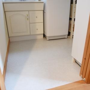 【リフォーム工事5】洗面所の床の張替え♪クッションフロア⇒フロアタイルに!