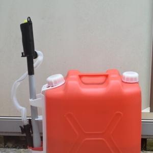 【今更?】電動灯油ポンプを使い始めました♬ダイソーのストッカーも購入。