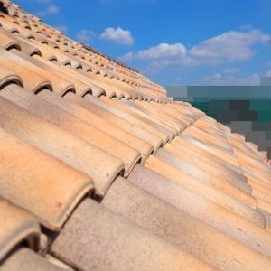 「屋根瓦が剥がれていますよ」詐欺!?①業者が訪ねてきた!