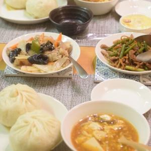 【簡単中華の日】551蓬莱の豚まんとカルディの酸辣湯(サンラータン)♪