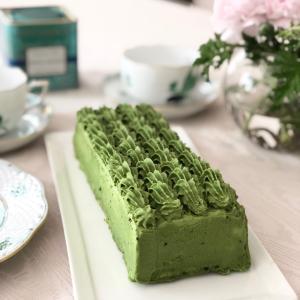 抹茶が濃い とろける抹茶のケーキ