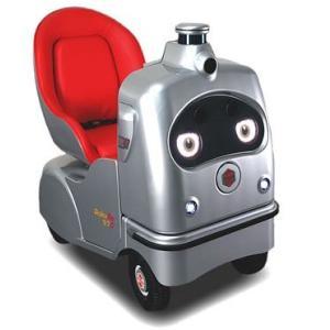 高齢者の足にロボットシェアリング ZMPが「ラクロ」定額サービスを今秋開始、月額1万円