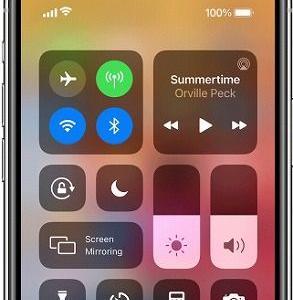 iPhone(iOS)で画面が暗くなったときの解決法