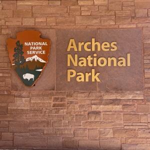 アーチーズ国立公園 一番有名な美しい絶景アーチ 3