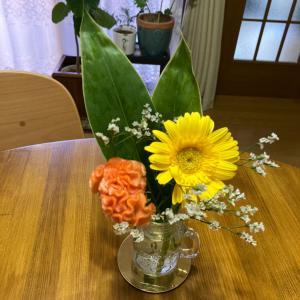 お花のある暮らしでお部屋も心も華やかに♪ bloomeeブルーミー