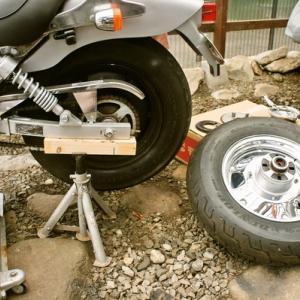 マグナ50のバックタイヤ交換