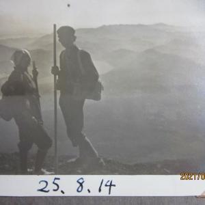 母と二人で富士山頂