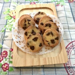台風一過と偏頭痛とチョコチップクッキー☆