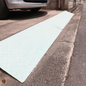 車庫の踏み板ペンキ塗り