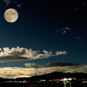 香川さぬき市で満月見えました