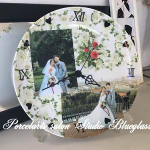 【生徒作品】 結婚式の写真転写紙を使ってポーセラーツの時計が完成