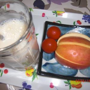 果物とパン
