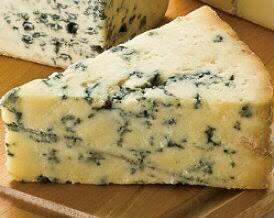 スティルトンイギリスの代表ブルーチーズ