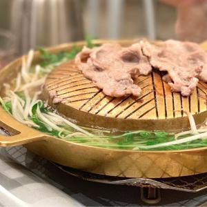 焼肉としゃぶしゃぶ両方楽しめるタイの欲張り鍋「ムーガタ」を食す