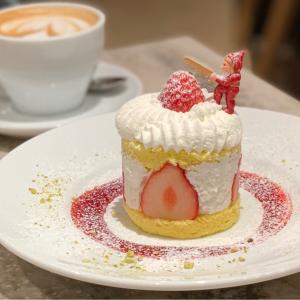 ビブリオテーククリスマスフェアのかわいいクリスマスケーキ