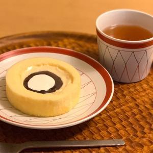 八天堂コラボのとろけるカスタードとあんバターの美味しさがタマラナイ!ローソンウチカフェの新作ロールケーキ
