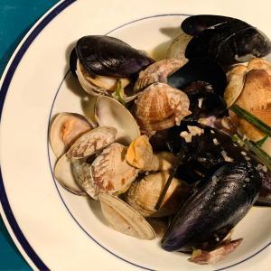 お気に入りの貝の蒸し焼きソテーリゾットと破格のギフト券