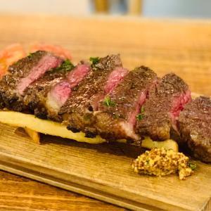 炭火焼の塊肉を手頃な値段で堪能できるブッチャーズでディナータイム