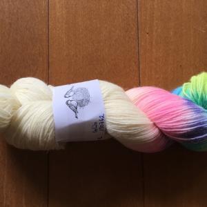 手染め糸のカセとタマ