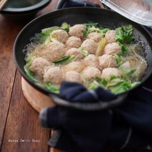 ふんわり肉団子と白菜の中華煮込み。
