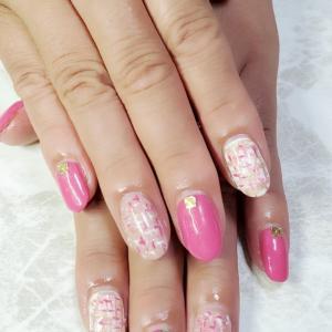 ピンク&ピンクツイードネイル