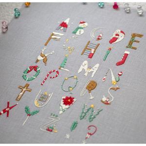 クリスマスアルファベット刺し終わりましたー♪