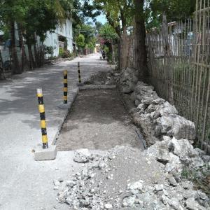 道路工事と水道管