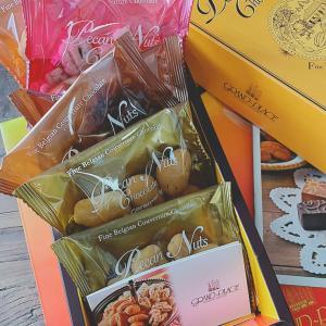 食べすぎ注意なナッツ&チョコ♡