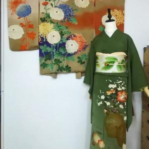刺繍入り菊の逸品絵羽織