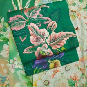 おさんぽきもの中目黒販売予定商品・大正ロマン洋花の振袖、洋蘭の刺繍丸帯