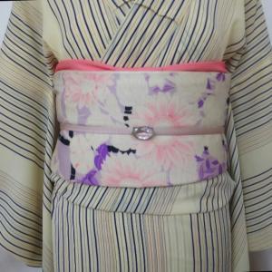 ストライプのジョーゼット単衣とヒマワリや百合の絽京袋帯
