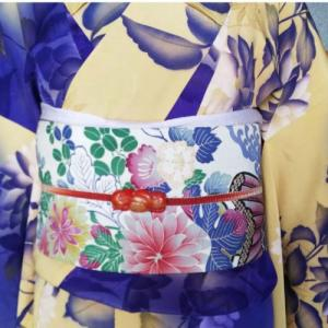 ダリアの暈し紋錦紗と菊の花車染め名古屋帯