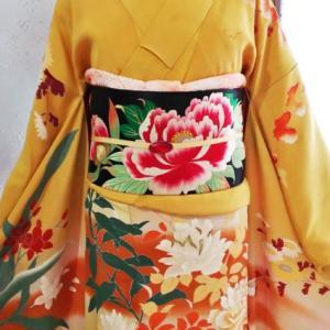 薔薇と蔦や小菊の刺繍入り訪問着の艶やかコーデ