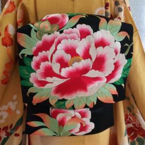 豪華な刺繍 牡丹の名古屋帯