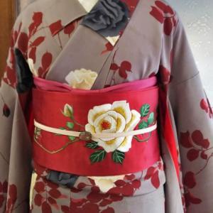 魅惑の薔薇金通し小紋と薔薇の刺繍名古屋帯