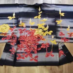 薔薇の刺繍入り絵羽織