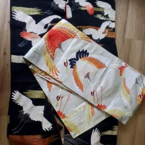 鶴の黒振袖コーデ