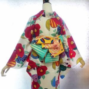真っ赤な椿のキッチュなセオ浴衣