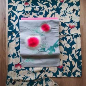 鬼灯と露草の縦絽単衣にアザミの刺繍絽名古屋帯
