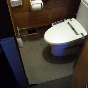 3代目の床リホーム(Kitaya3 BASE TOILET)