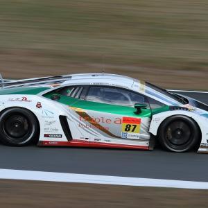 GT300 : #87  triple a ランボルギーニ GT3