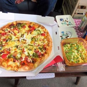 ピザハットのメキシカン辛ペーニョでピザランチ