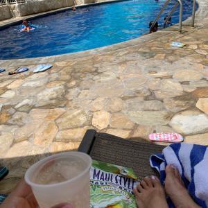 夏休み3家族ハワイ11日目①プールとショッピング