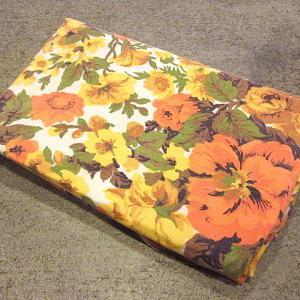 1970's Retro floral pattern table cloth 175cm×143cm, 1970's Leather briefcase tea, 1960's-1970's Military type Canvas duffel bag...