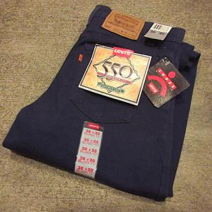 1990's DEADSTOCK MADE IN U.S.A. Levi's 550 Navy blue W30 L30, 1980's DEADSTOCK MADE IN U.S.A. Levi's 505 W28 L36, 1970's Lee 200 Side black tag jeans size 42...