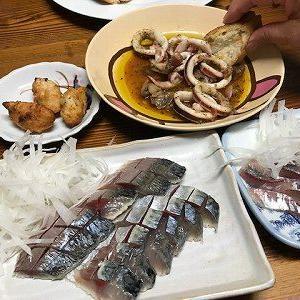 しめ鯖と鯵の刺身。アヒージョ